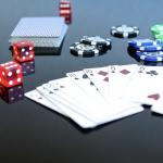 撲克牌遊戲-龍虎鬥的基本規則