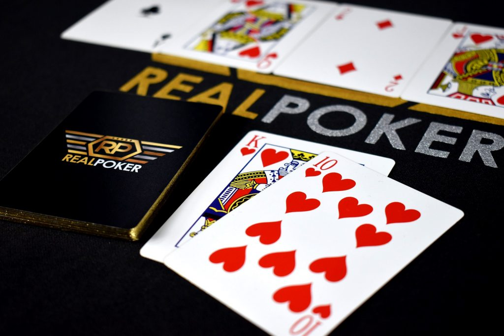 德州撲克遊戲-規則簡單全球風靡